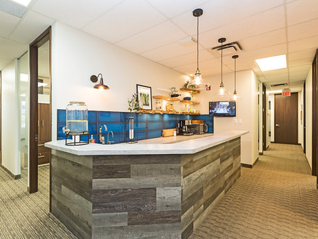 Our Kitchen Bar!