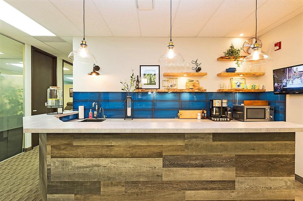 9 Kitchen.jpg
