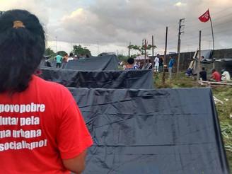 Crise econômica agrava problema da moradia no Brasil