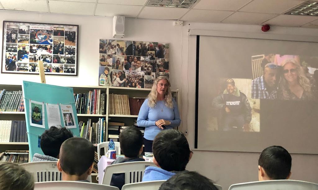 מפגש עם תלמידים