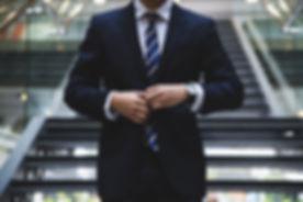 Podnikatel v obleku