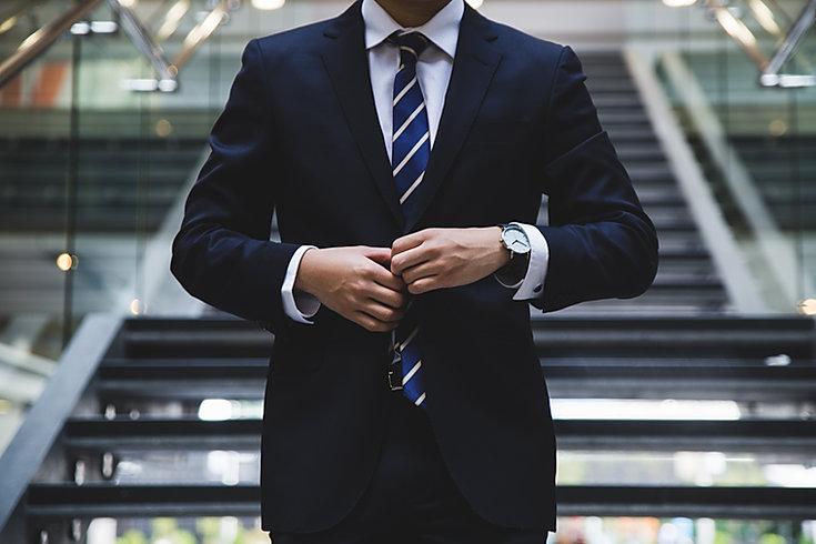 Hombre de negocios en traje