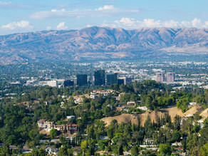 The Ultimate Guide to Woodland Hills, California