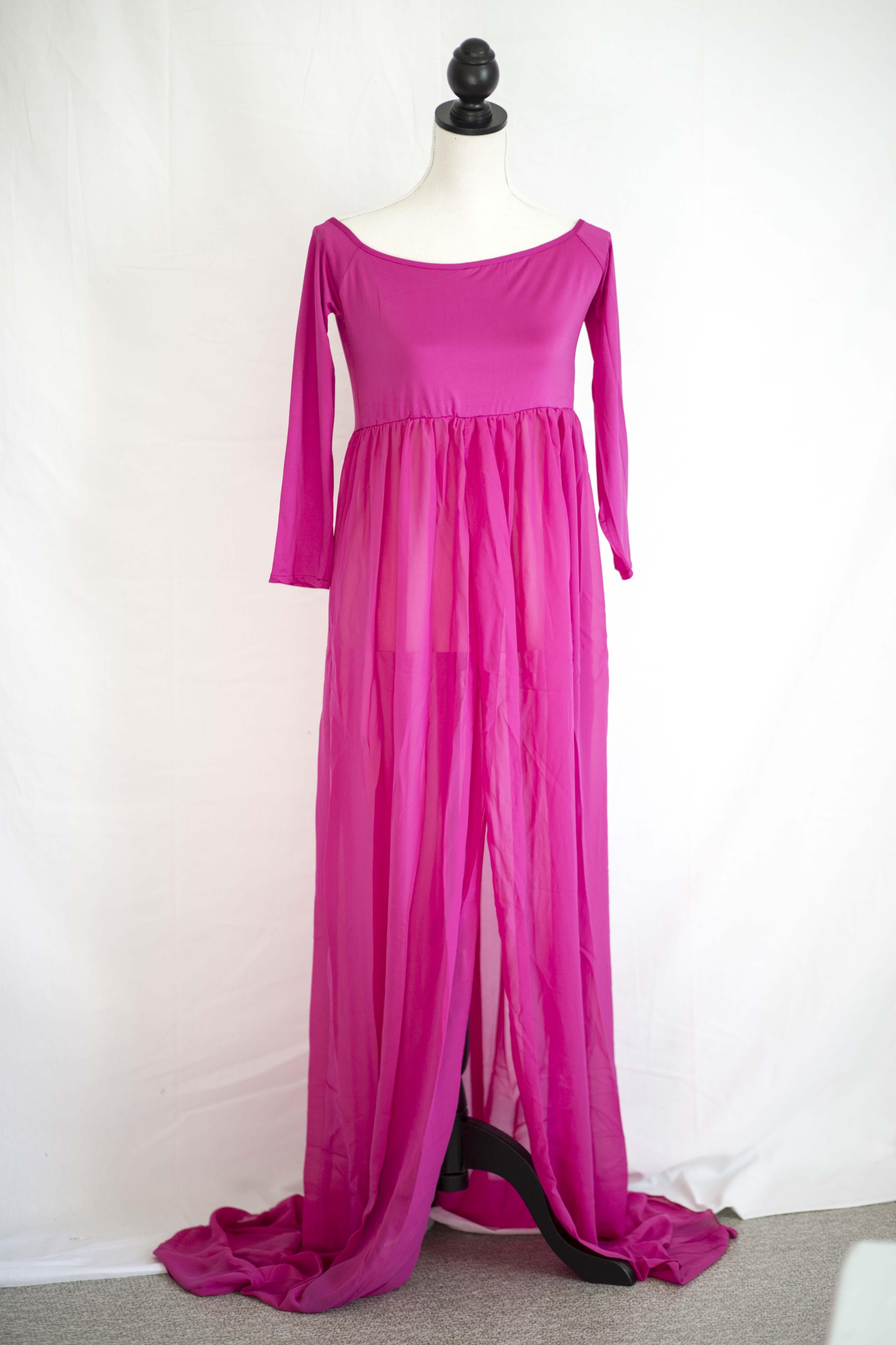 4457b038 Nr 13. Mørkerosa kjole. Åpen i front