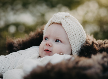 Babyfoto i hvitveis