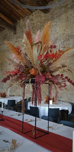 Composition florale en fleurs séchées