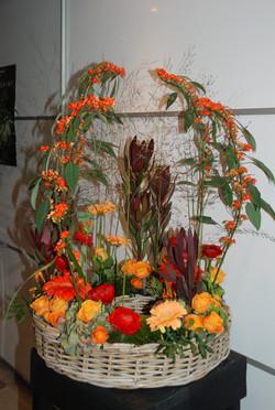 Composition florale, comme un jardin