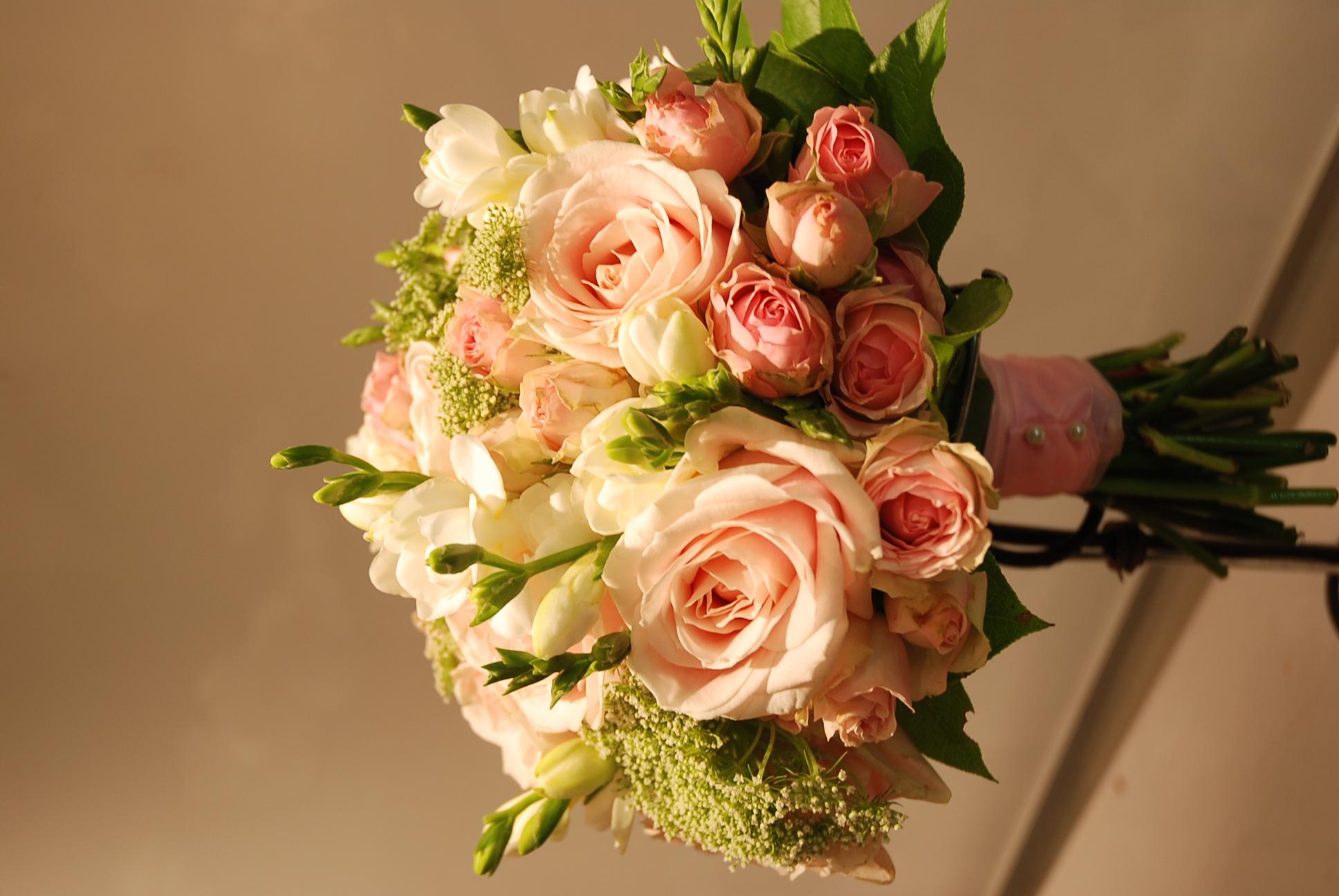 Bouquet de mariée, rose poudrée