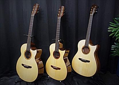 ひらみつギター3本.JPG
