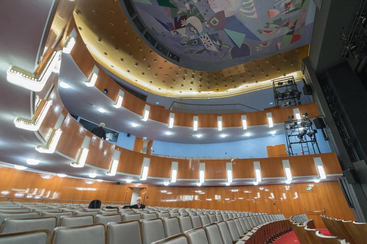 Das renovierte Schauspielhaus_Petra Mose