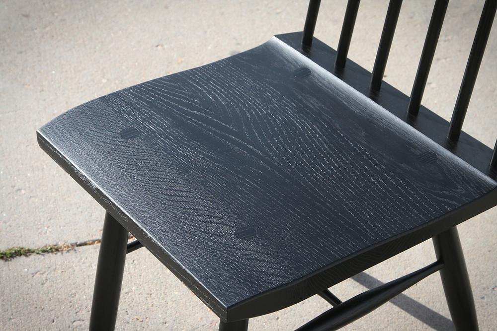 quarter sawn seat