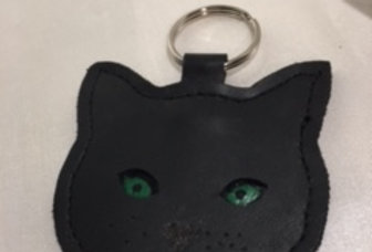 LUCKY BLACK CAT LEATHER KEY-RING (NO WHISKERS)