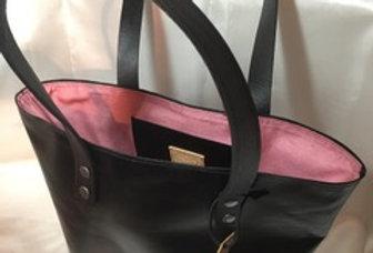 BUCKET BAG - GLOSSY BLACK - MEDIUM