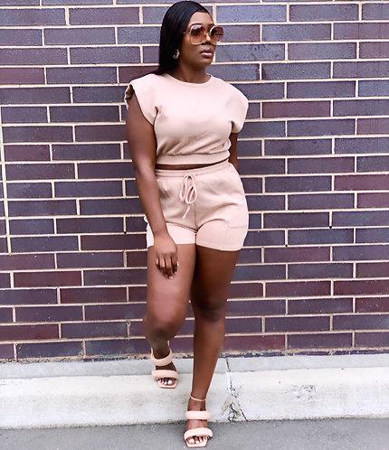 Latte padded shoulder shorts set