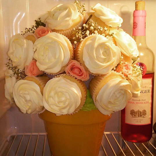 Mother's day cupcake bouquet!_#foodies #