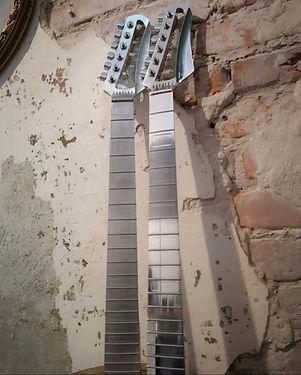 al-guitar.jpg