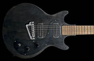 guitar-carrasco-20191015-1-669x1024_edit
