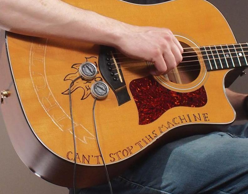cortado-mics-on-acoustic-guitar-1000.jpeg