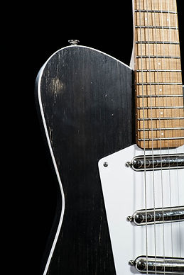 guitar-galo-20191015-2-684x1024.jpg