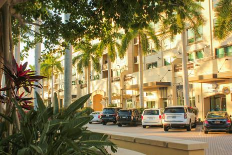 Mercato Shopping Area