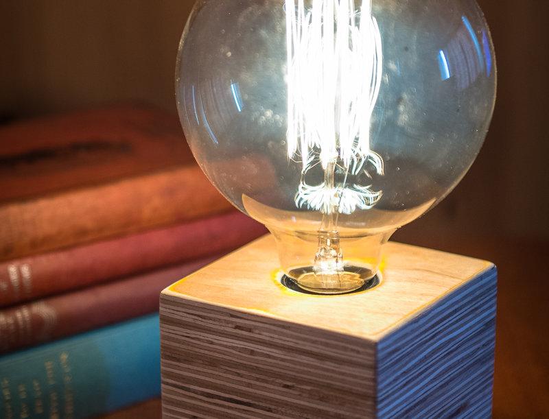 Plywood cube lamp