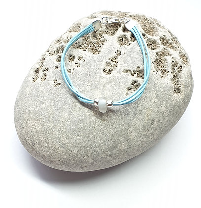 "Leather bracelet w/ seaglass nugget  (5.5"")"
