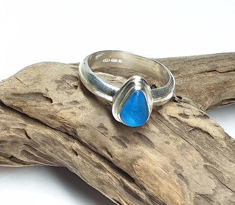 Vivid turquoise seaglass ring (O 1/2)