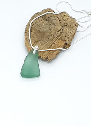 Tealy/turquoise pendant and chain