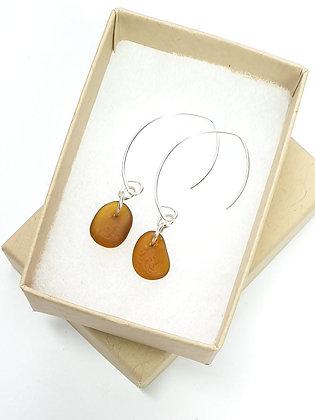 Caramel leaf-hook earrings