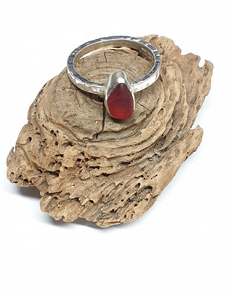 RED seaglass ring (U 1/2/V/V 1/2)