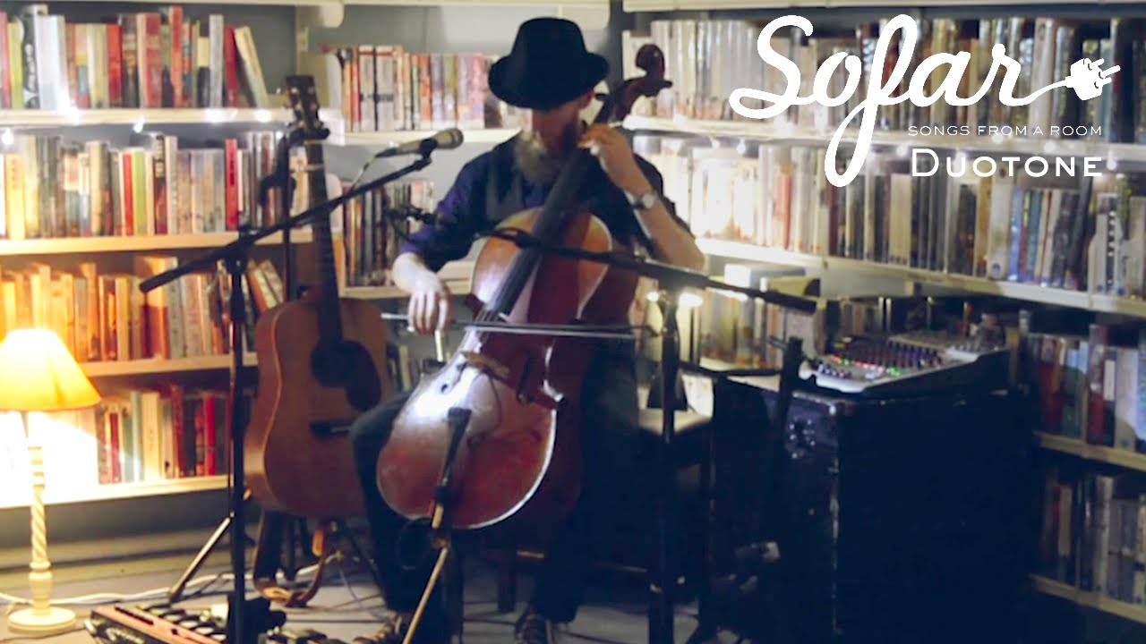 Sofar Sounds Reading