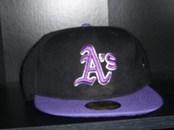 Sz 7 3/8 Oakland Athletics Winter hat