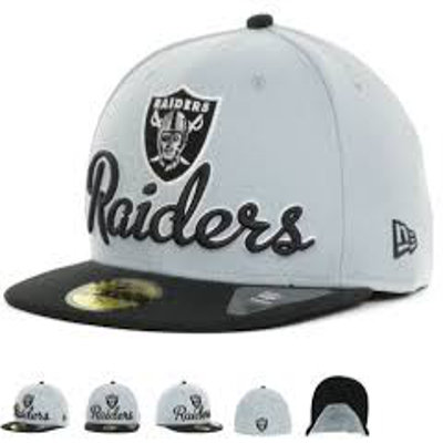 Sz 8 Oakland Raiders fitted hat