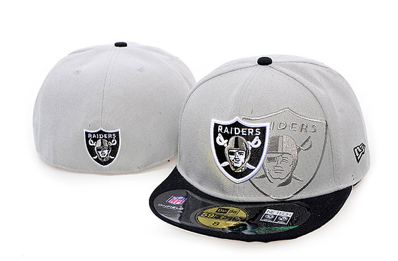 Sz 6 5/8 Oakland Raiders youth Fitted hat