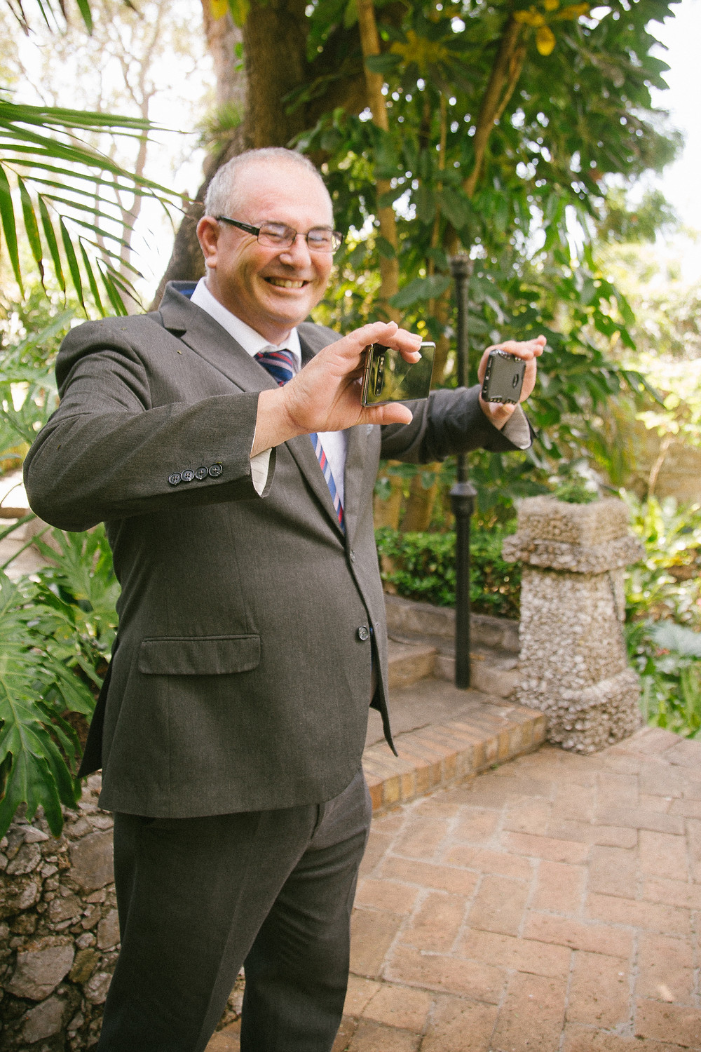 Registrar in Gibraltar k=helping couples with zoom