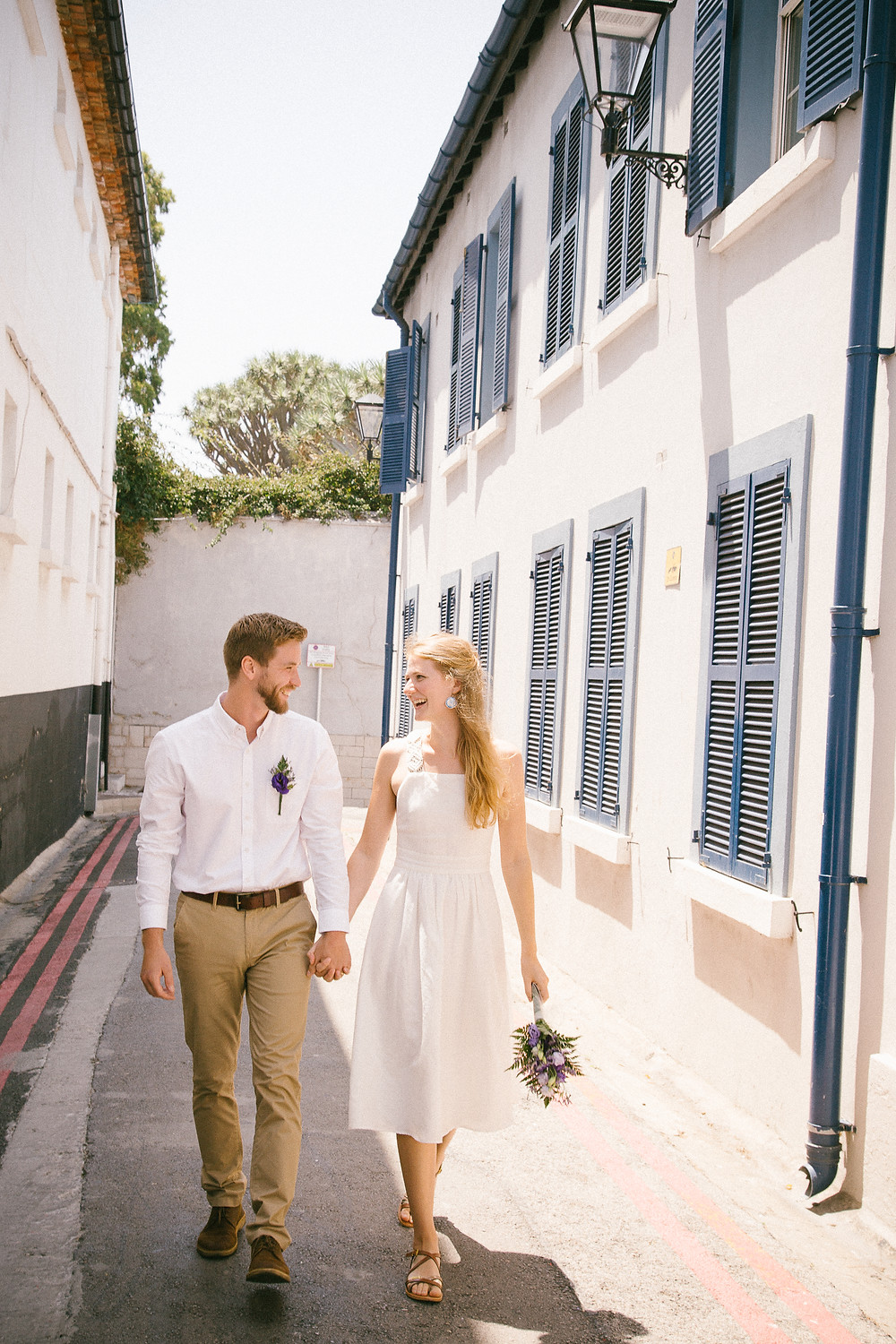 Elopement wedding at the Registry Office in Gibraltar. Gibraltar wedding photographer