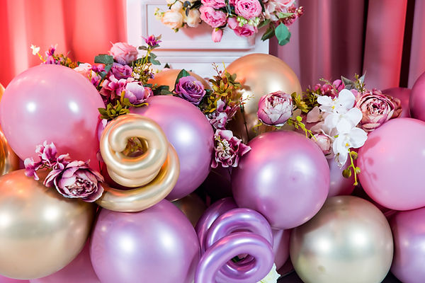 balloon garland for bridal shower with f