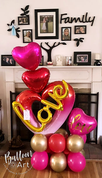 hot pink and red valentine love balloons
