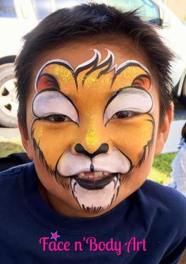 lion face painter