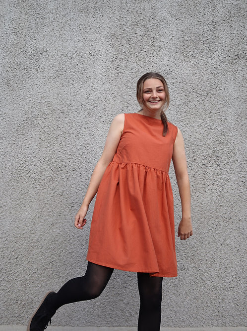 The Flowy Friday Dress - RUST