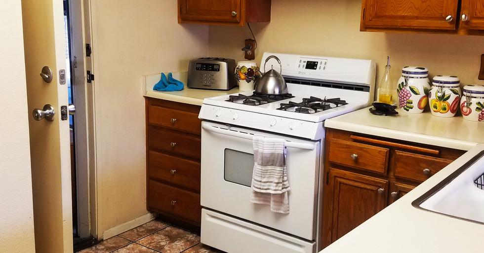 6010 Arbutis Ave - Kitchen.jpg