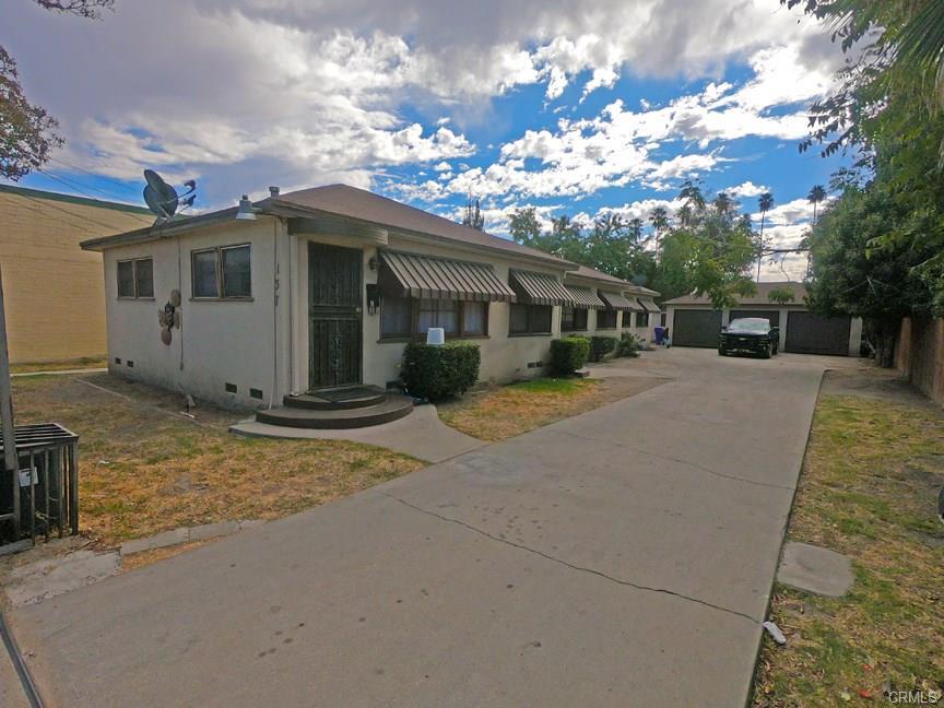 137 W Olive St. San Bernardino
