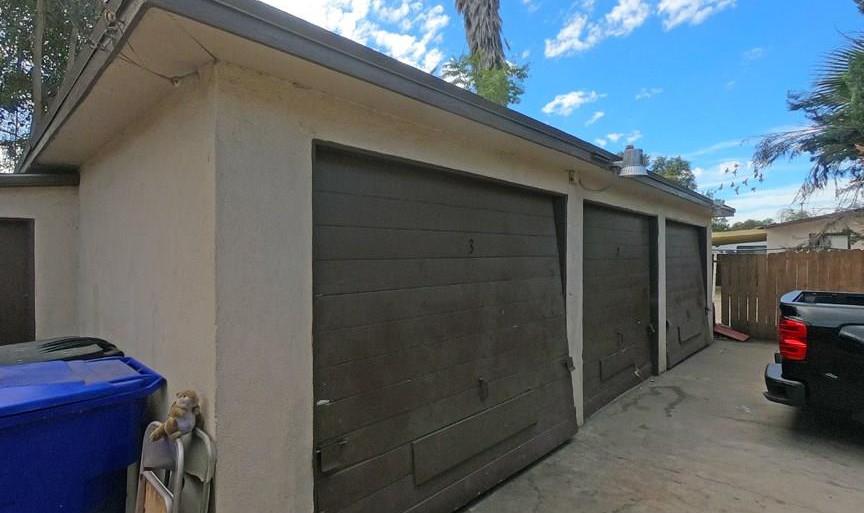 137 W Olive St. - Garages