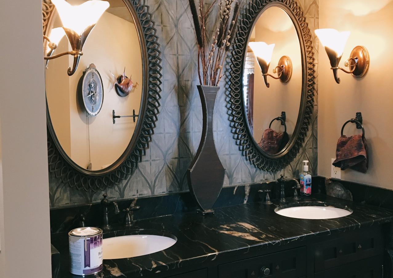 Bathroom Mural & Wall Paint