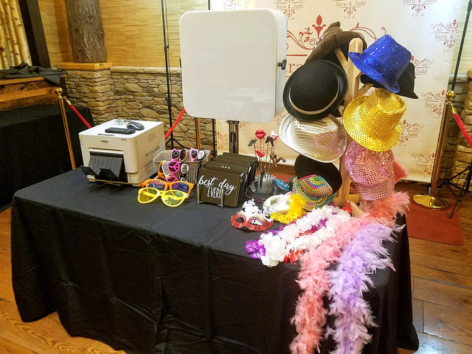 Props for your Syracuse Sweet 16 Photo Booth