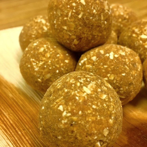 Cashew Goji Bites