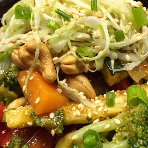 Veggie & Cashew Quinoa Bowl