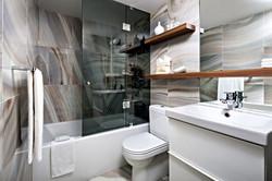 contemporary-bathroom_edited