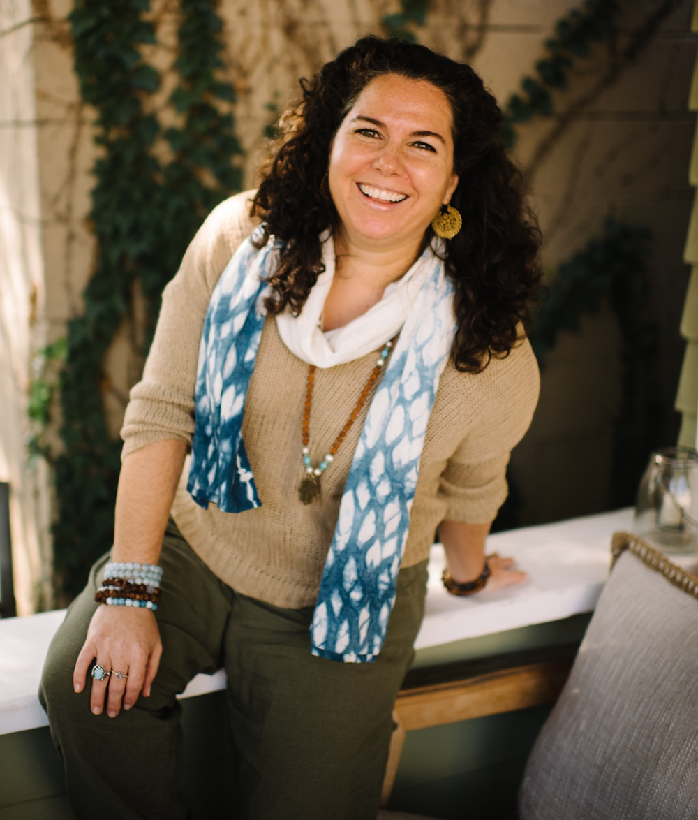 Kate Katz is the owner and founder of All Hands In.