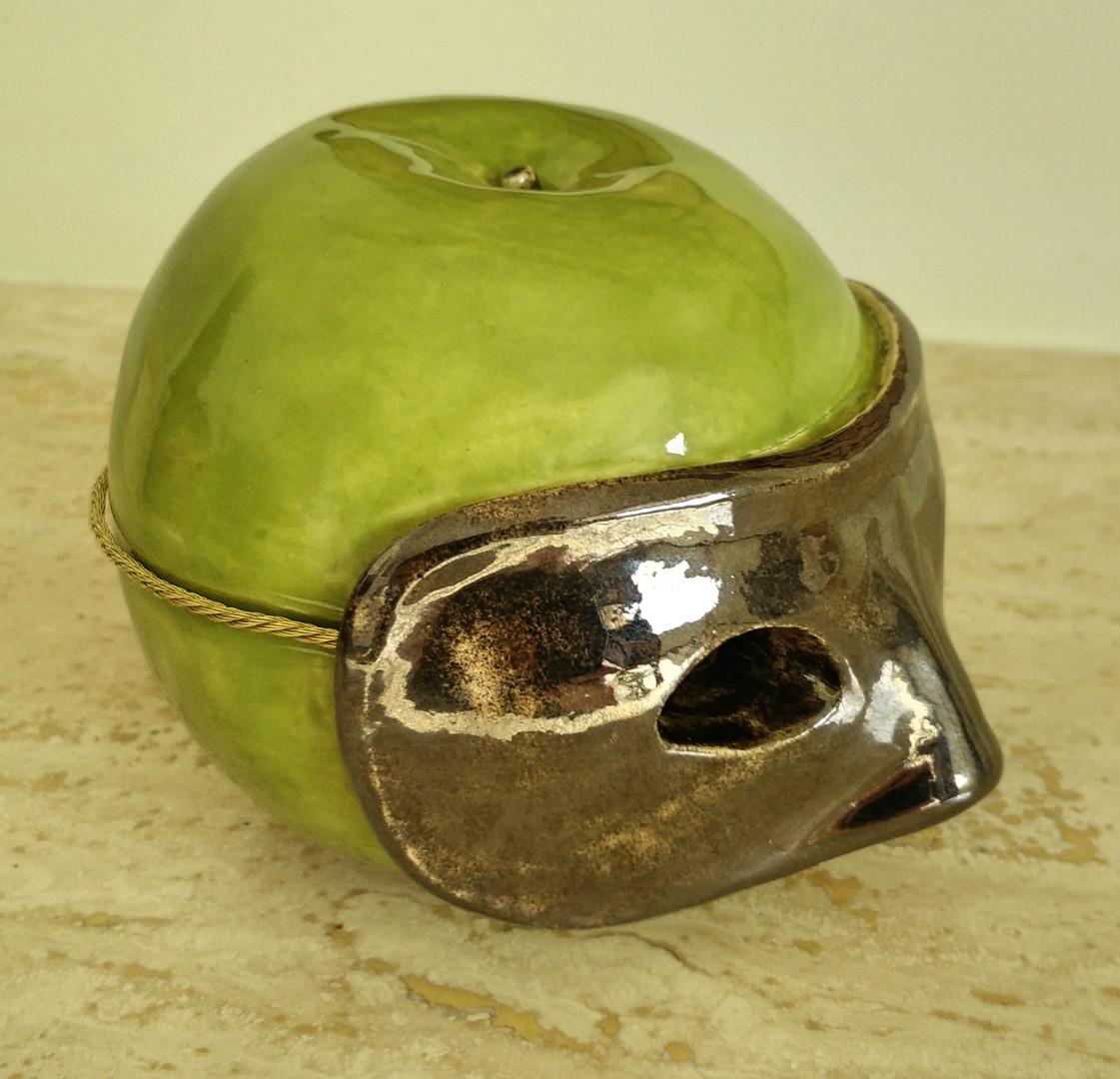 Apple for Magritte